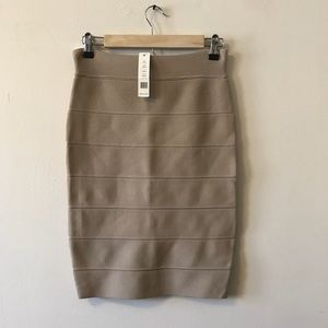 NWT Romeo & Juliet Couture Bandage Skirt